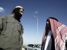 המתרפקים על עבר של אחווה יהודית-איסלאמית שלא הייתה  [צילום: פלאש 90]