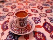 הפחיתו בשתיית קפה [צילום: פלאש 90]