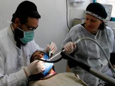 צריכים לעבור השתלות שיניים?