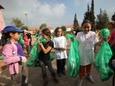 פעילות סביבתית של תלמידים [צילום: יוסי זמיר, פלאש 90]