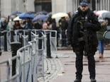 רק 122,404 שוטרים [צילום: פרנק אוגסטין, AP]