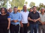 חברי כנסת ערבים מפגינים מול משטרת חיפה