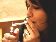 עוזרים למעשנים להיגמל [צילום: AP]