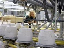 האם מאות אלפי עובדים יעבדו כרגיל ביום הבחירות? [צילום: AP]