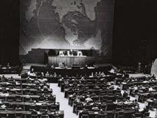 """עצרת האומות המאוחדות, 29 בנובמבר 1947 [צילום: לע""""מ]"""