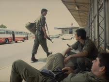 """חיילים בתחנה המרכזית בקרית שמונה [צילום ארכיון: נתי הרניק/לע""""מ]"""