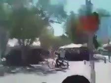 רוכב האופניים במנוסה
