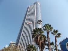 ארבע קומות במגדל אביב