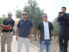 אנשי הוואקף משגיחים על סיורי יהודים [צילום: איציק וולף]