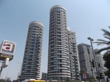 מגדל yoo נבנה על המגרש