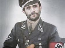 אחמדינג'אד ההיטלראי והיטלר [צילום: AP]