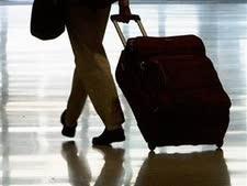 המזוודה רוקנה מחפצים יקרי-ערך שהיו בתוכה [צילום אילוסטרציה: AP]