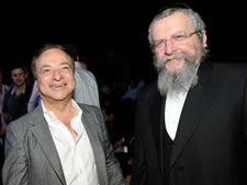 משה גינדי (משמאל) [צילום: וי פי אר]
