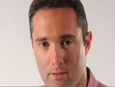 """ארנון גל. לשעבר העורך הראשי של NRG [צילום: יח""""צ]"""