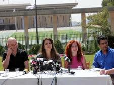 ''לא נסתפק באקמול''. דפני ליף ואנשי המחאה במסיבת העיתונאים, היום [צילום: פלאש 90]