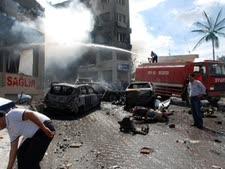 40 הרוגים בפיגוע הכפול [צילום: AP]