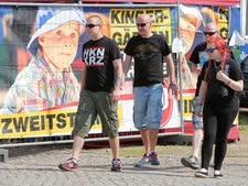 נאו-נאצים מגיעים לפסטיבל הרוק