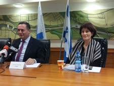 """עו""""ד מלי סיטון והשר ישראל כ""""ץ. יישום מדיניות השמאל"""