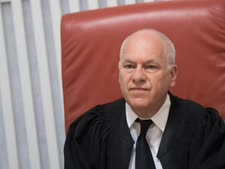 השופט עוזי פוגלמן [צילום: יונתן זינדל, פלאש 90]