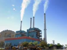 תחנות כוח עברו איתם [צילום אילוסטרציה: מתיו בראון, AP]