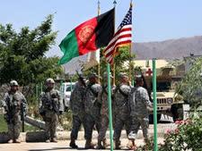 כוחות ארצות-הברית ונאטו באפגניסטן [צילום: מוסדק סדק/AP]