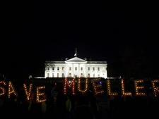 הפגנת תמיכה במולר [צילום: אנדרו הרניק, AP]