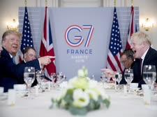 טראמפ וג'ונסון היום בצרפת [צילום: אנדרו הרניק, AP]