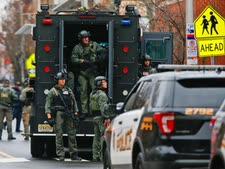 זירת הירי בג'רזי סיטי [צילום: אדוארדו מונוז אלוורז, AP]