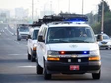 הבאת מחסומים אל העיר [צילום: דוברות המשטרה]