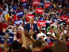 טראמפ אמש באורלנדו [צילום: אוון ווצ'י, AP]