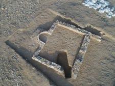 חפירות במסגד העתיק ברהט [צילום: אמיל אלג'ם, רשות העתיקות]