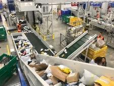 רכז הסחר המקוון בדואר ישראל  [צילום: דוברות דואר ישראל]