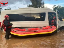 סירת הגומי שסייעה בחילוץ [צילום: דוברות כבאות והצלה מחוז חוף]