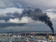 """הדליקה בבז""""ן [צילום: אילן מלסטר, המשרד להגנת הסביבה]"""