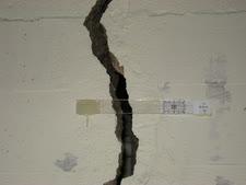 סדק בקיר