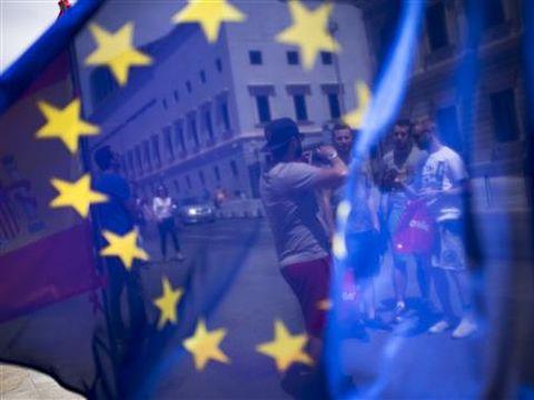 חוזרים לטייל באירופה [צילום: AP/Francisco Seco]