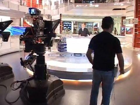 אולפן חדשות ערוץ 2. חפים מטעויות
