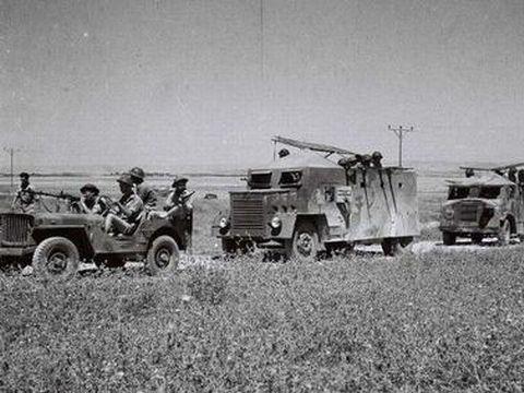 """מלחמת העצמאות, 1948 [צילום: זולטן קלוגר/לע""""מ]"""