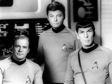 """לאונרד נימוי (מימין) ב""""מסע בין כוכבים"""" [צילום: AP]"""