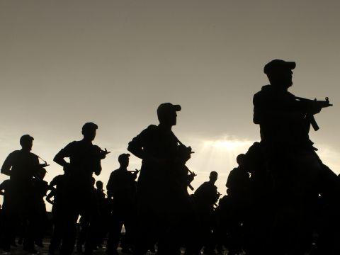 חיילים סעודים מתאמנים [צילום: AP/Amr Nabil]
