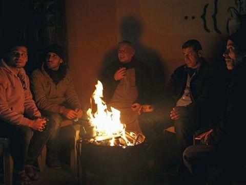 עזה ללא חשמל [צילום: חאתם מוסא /AP]