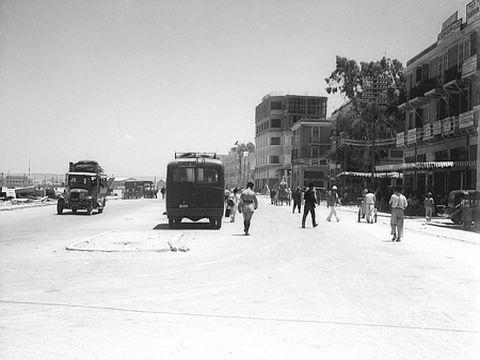 מרכז העיר חיפה שנות ה-30 [צילום:  זולטן קלוגר לשכת העיתונות  הממשלתית]