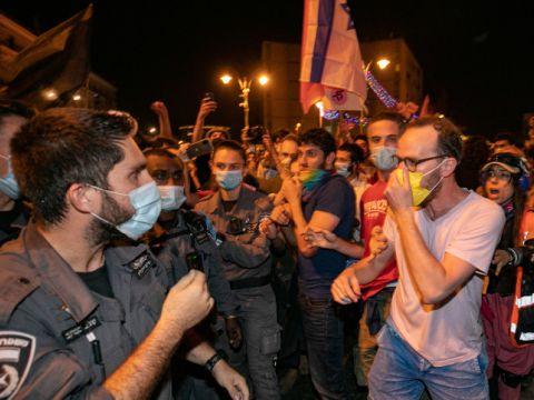 ההפגנה מול מעון ראש הממשלה בבלפור [צילום: אוליביה פיטוסי/פלאש 90]